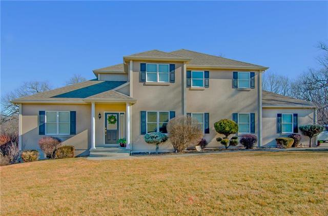Photo of home for sale at 12311 Palmer Drive, Country Club MO