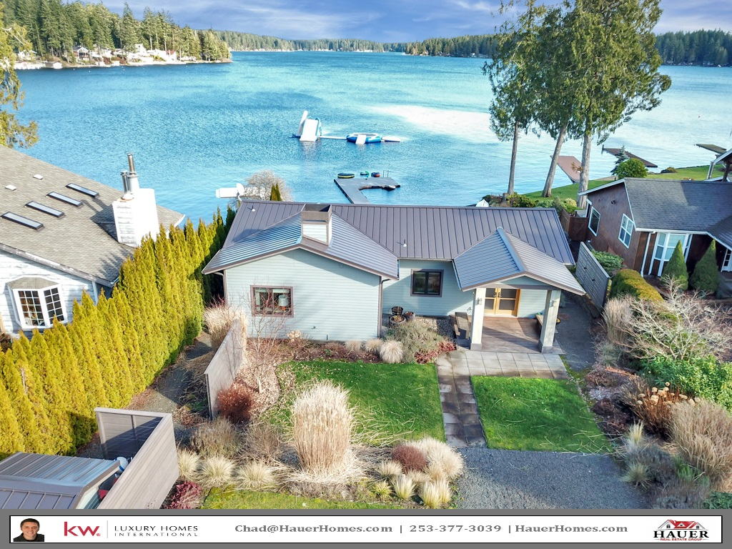 Photo of home for sale at 2870 E Mason Lake Dr W, Grapeview WA