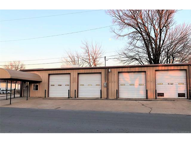 Photo of home for sale at 200 1st Street E, Bristow OK