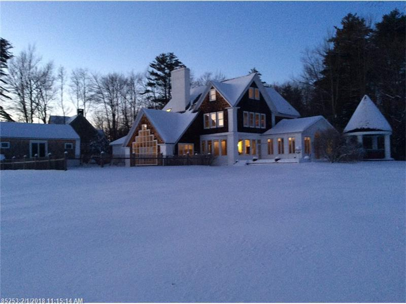 Photo of home for sale at 33 Park Cir, Cape Elizabeth ME