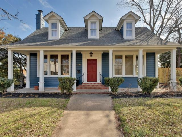 Photo of home for sale at 1107 Hill ST, Bastrop TX