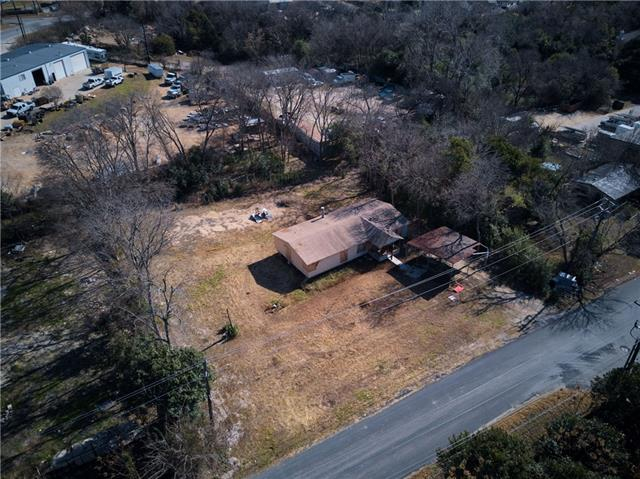 Photo of home for sale at 13709 Pansy TRL, Austin TX