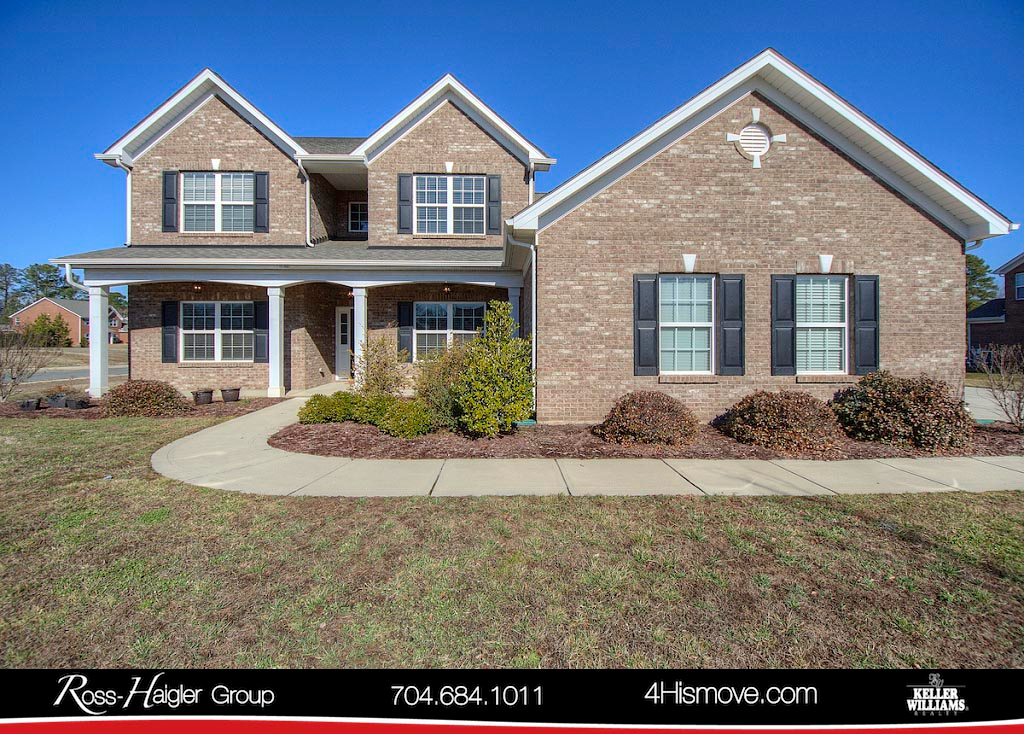 http://images.kw.com/listings/9/3/7/9371737/1517831494733_1_Front_2001_Spring_Rose_Lane_Wesley_Chapel_NC_28104_MLS_3355199_The_Ross_Haigler_Group_at_Keller_Williams_Union_County_.jpg?lm=20180406T000000