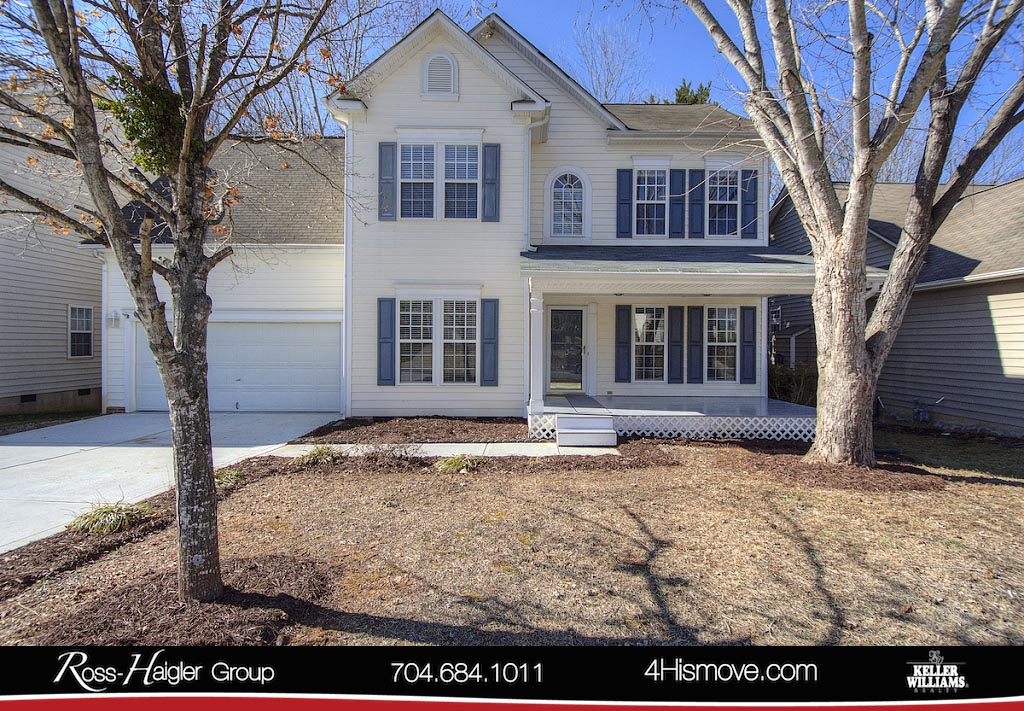 http://images.kw.com/listings/9/3/8/9383243/1518177223962_1_Front_5522_Whispering_Wind_Lane_Indian_Trail_NC_28079_MLS_3355104_The_Ross_Haigler_Group_at_Keller_Williams_Realty_Union_County_Homes_for_Sale_in_Brandon_Oaks_.jpg?lm=20180313T000000