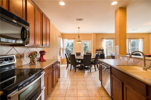 Photo of home for sale at 7826 Squirrel Hollow DR, Georgetown TX