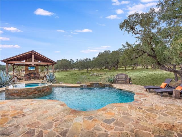 Photo of home for sale at 362 Ranchers Club LN, Driftwood TX