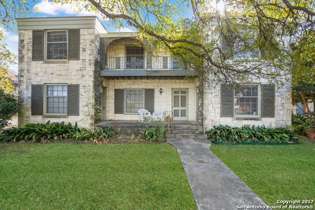 Photo of home for sale at 336 LULLWOOD AVE E, San Antonio TX
