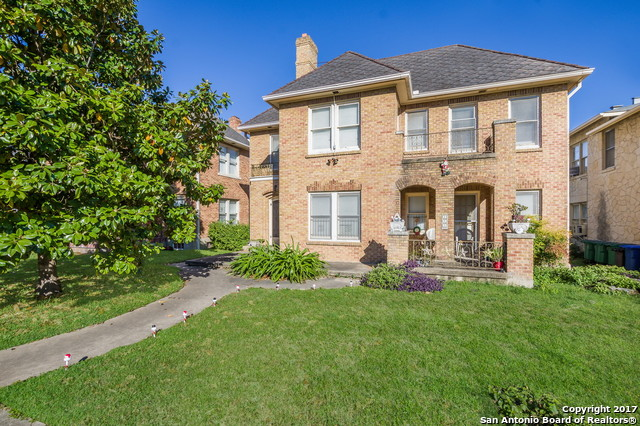Photo of home for sale at 245 LULLWOOD AVE E, San Antonio TX