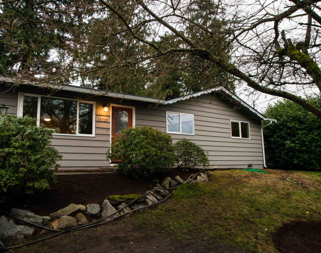 Photo of home for sale at 15709 18th Ave W, Lynnwood WA