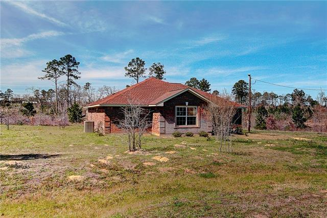 Photo of home for sale at 215 Cardinal LOOP, Paige TX