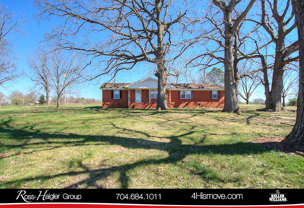 http://images.kw.com/listings/9/4/4/9449916/1520952187042_1_Front_5404_State_Line_Road_Marshville_NC_28103_MLS_3343430_The_Ross_Haigler_Group_at_Keller_Williams_Realty_Union_County.jpg?lm=20180313T000000