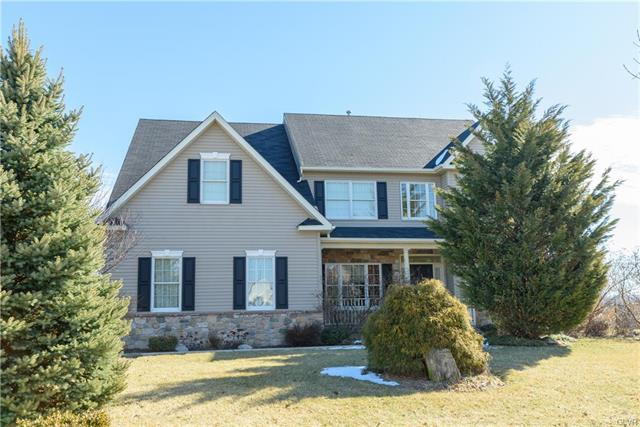 Photo of home for sale at 9 Millbrook Court Court, Palmer Twp PA