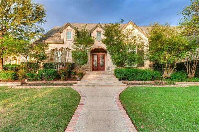 Photo of home for sale at 1632 Resaca BLVD, Austin TX