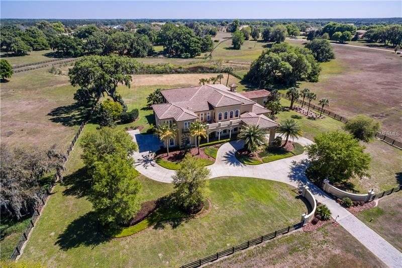 Photo of home for sale at 12213 STONELAKE RANCH BOULEVARD, Thonotosassa FL