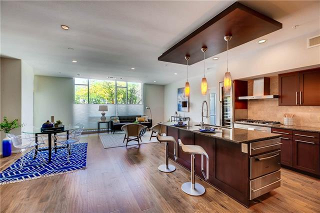 Photo of home for sale at 1600 Barton Springs RD, Austin TX
