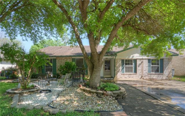 Photo of home for sale at 7001 Skynook DR, Austin TX