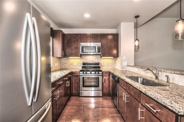 Photo of home for sale at 304 Alpine RD W, Austin TX