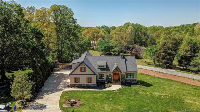 Photo of home for sale at 106 Knox Haven Lane, Mooresville NC