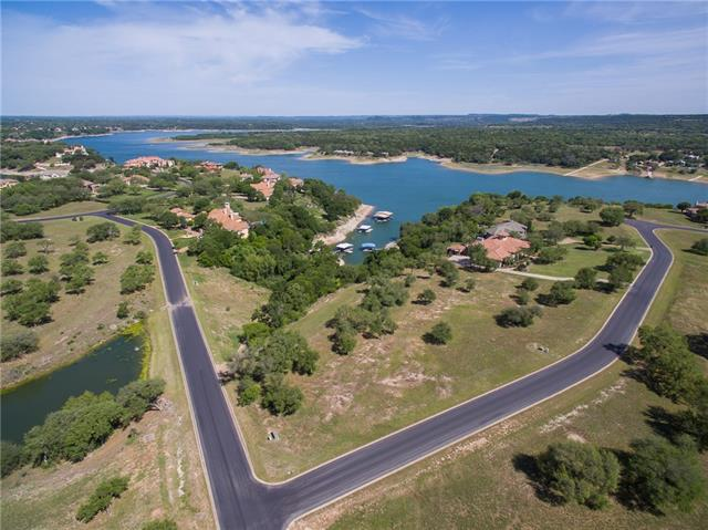 Photo of home for sale at 2910 Cliff Overlook, Spicewood TX