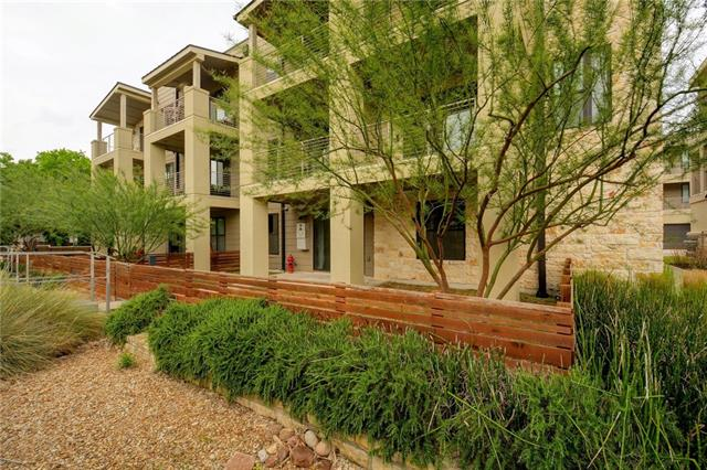 Photo of home for sale at 2729 Dulce LN, Austin TX