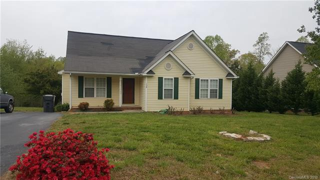 Photo of home for sale at 158 Angel Oaks Drive, Statesville NC