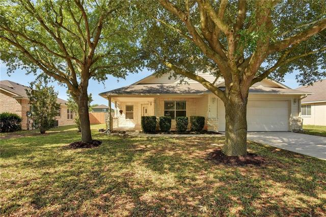 Photo of home for sale at 118 Waterlily WAY, Hutto TX