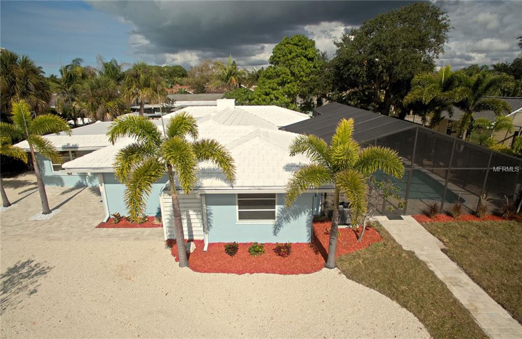 Photo of home for sale at 6 CORNWELL ON THE GULF, Venice FL