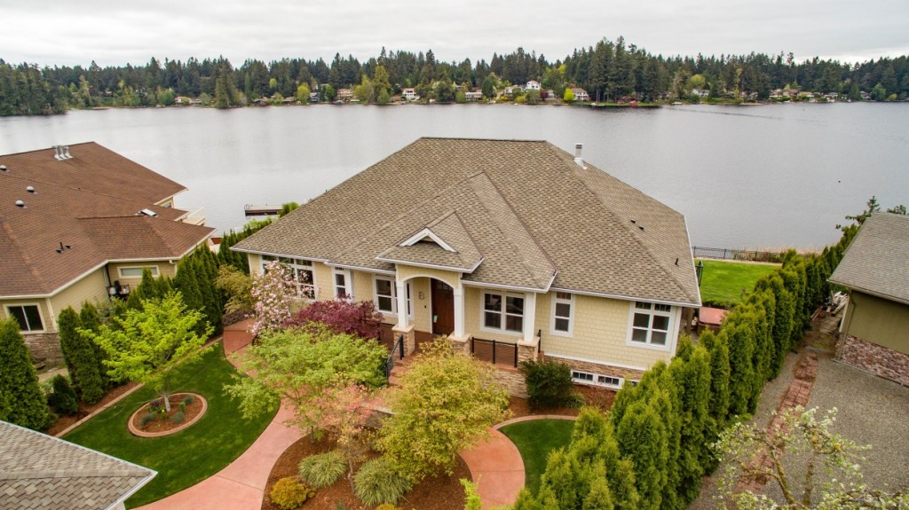 Photo of home for sale at 3844 Long Lake Lp Se, Olympia WA