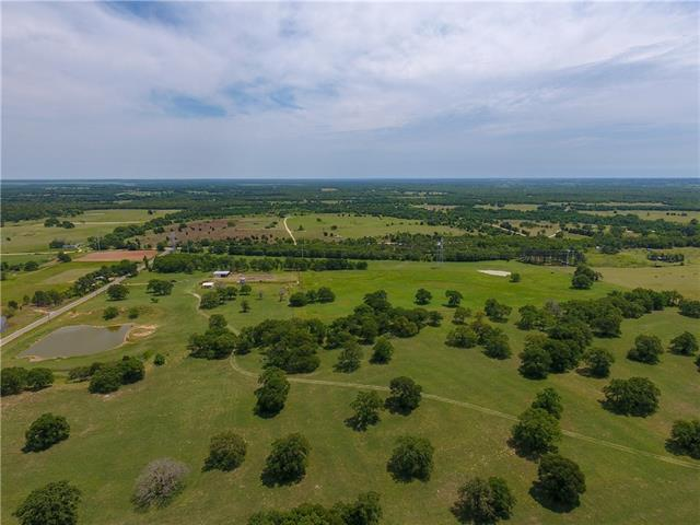 Photo of home for sale at 2600 County Rd 481, Thrall TX
