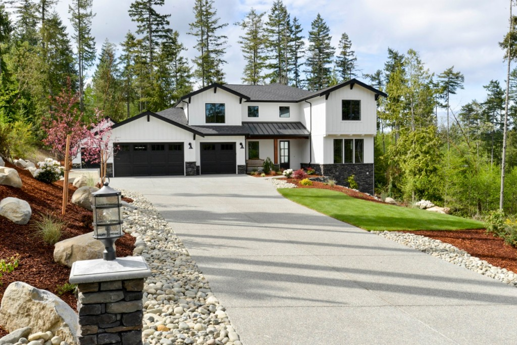 Photo of home for sale at 2316 122nd St Nw, Gig Harbor WA