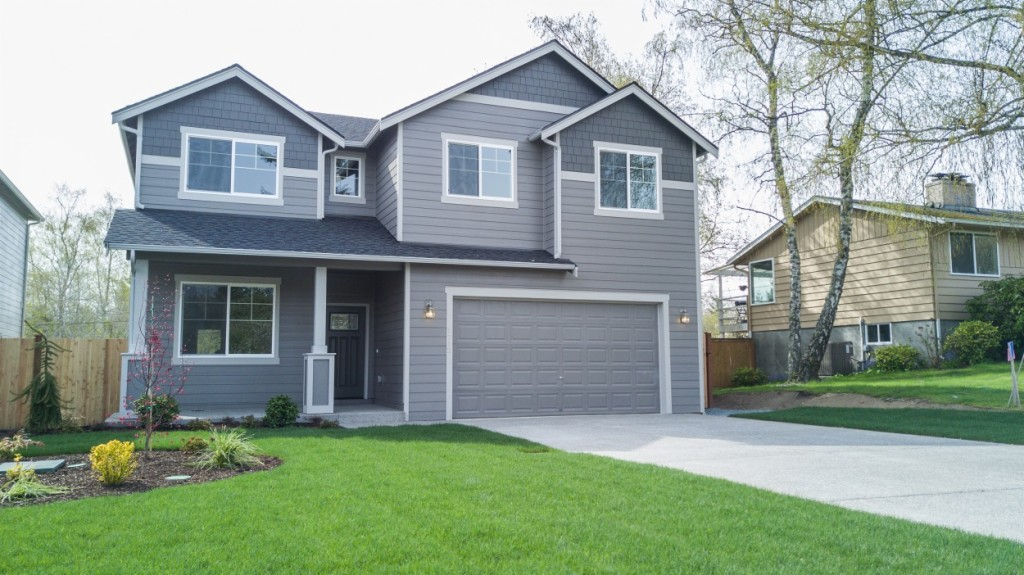 Photo of home for sale at 1712 S Visscher St, Tacoma WA