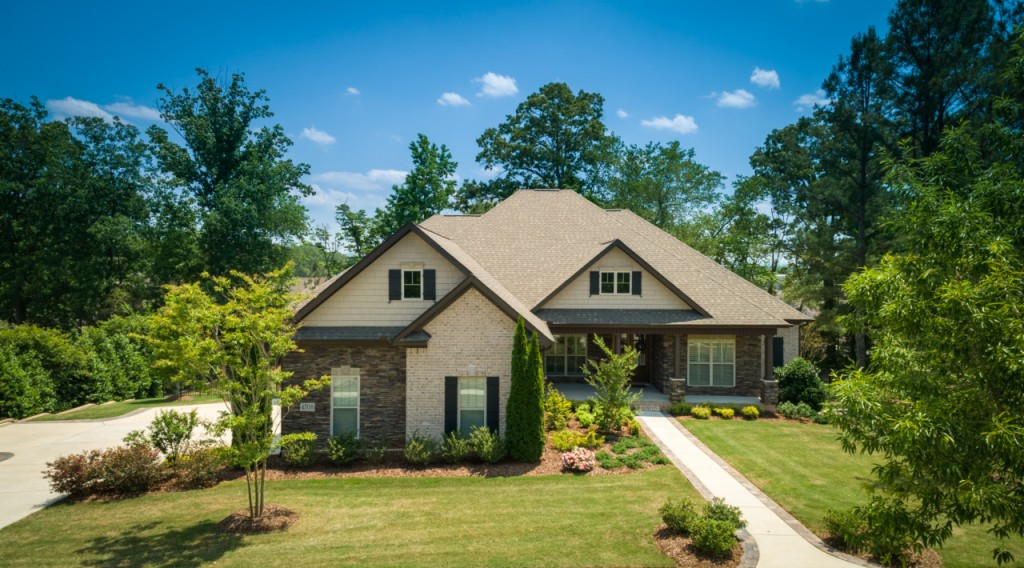 Photo of home for sale at 4708 Riverbank Circle, Owens Cross Roads AL