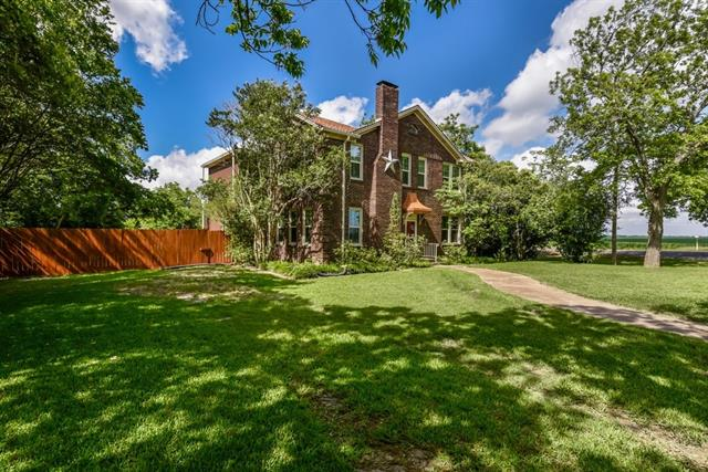 Photo of home for sale at 1543 Clark ST W, Bartlett TX