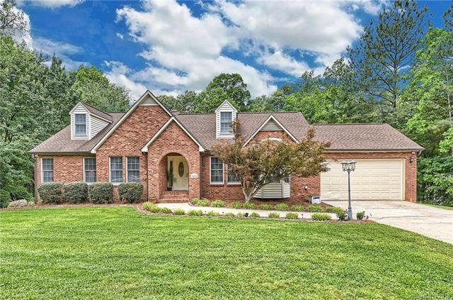 Photo of home for sale at 3835 Deer Run, Denver NC