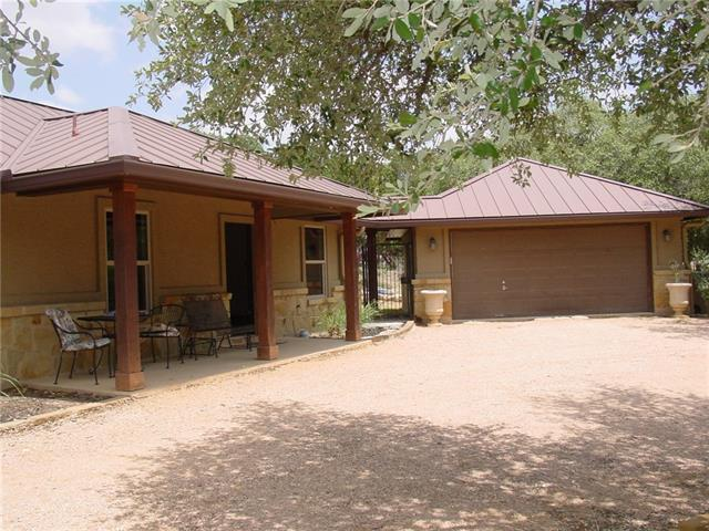 Photo of home for sale at 901 Beauchamp RD, Dripping Springs TX