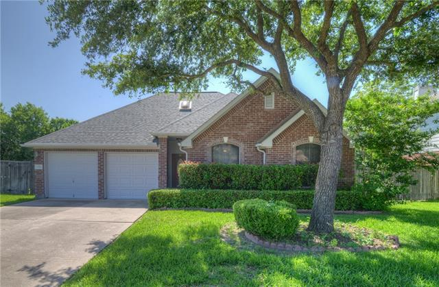 Photo of home for sale at 11221 AVERING LN, Austin TX
