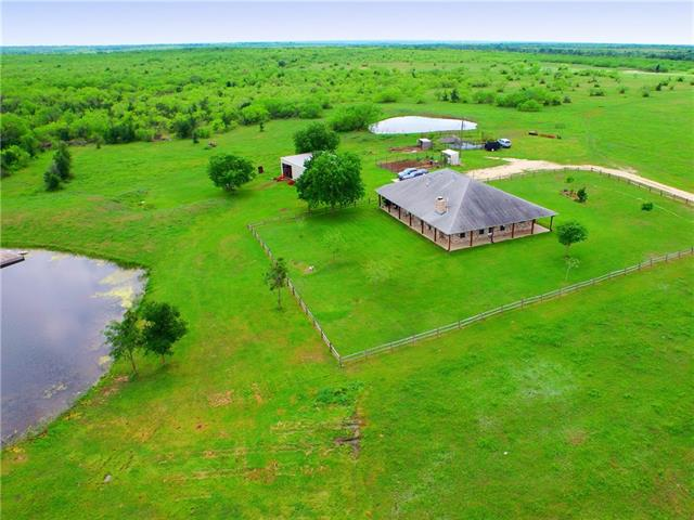 Photo of home for sale at 1912 Seminole TRL, Dale TX