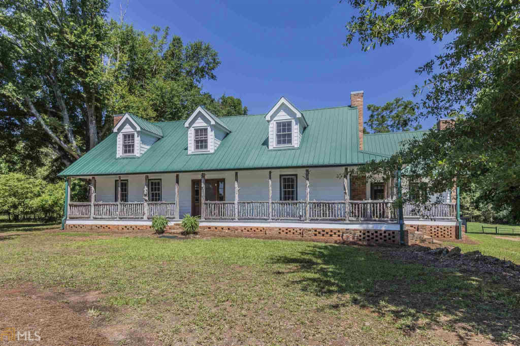 Photo of home for sale at 1100 Riden Cut Off Rd, Madison GA