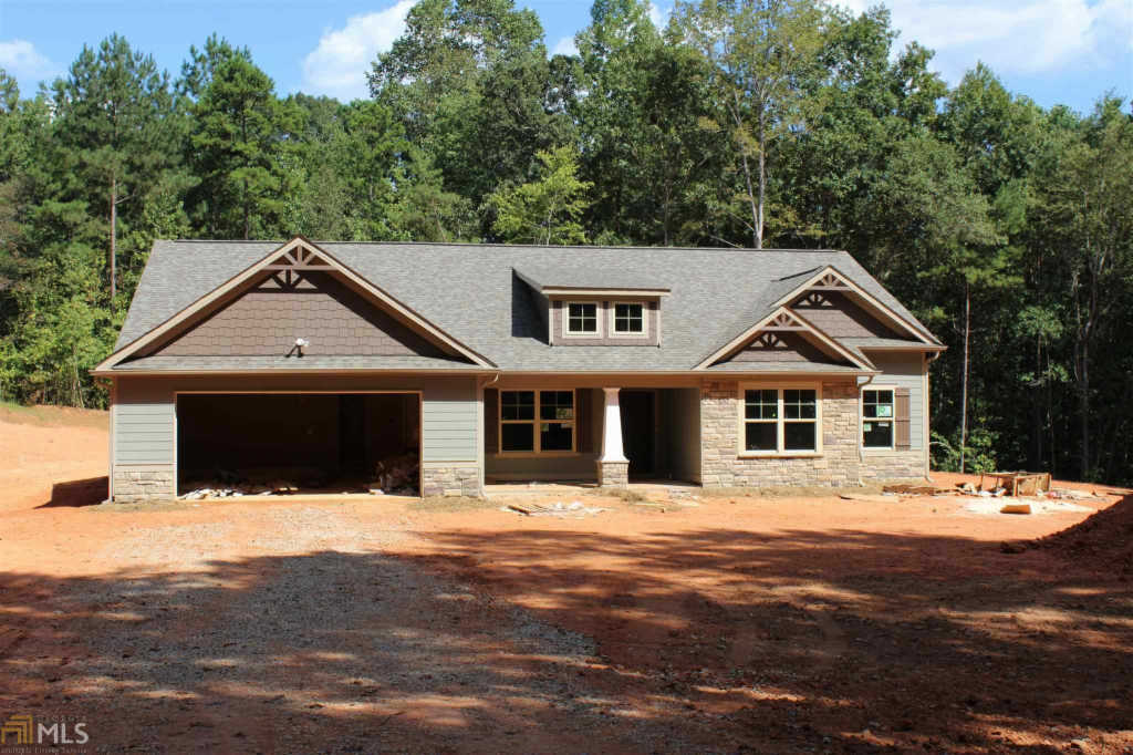Photo of home for sale at 1203 Witcher Rd, Newnan GA