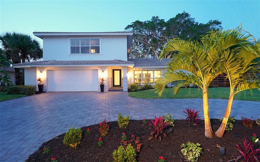 Photo of home for sale at 813 IDLEWILD WAY, Sarasota FL