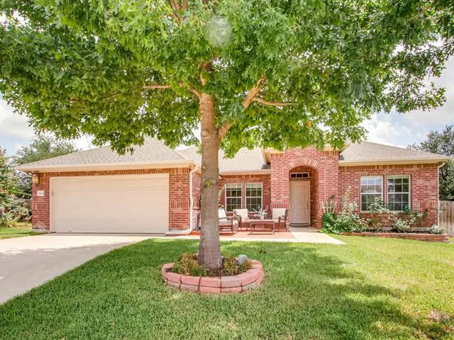 Photo of home for sale at 2404 Elkhorn Ranch RD, Leander TX