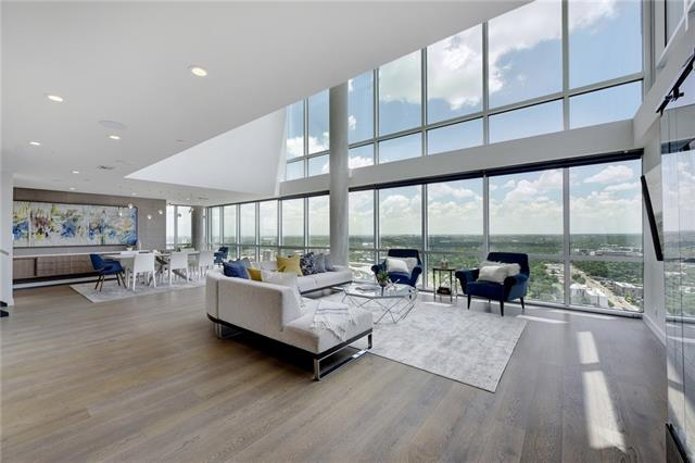 Photo of home for sale at 300 Bowie ST, Austin TX