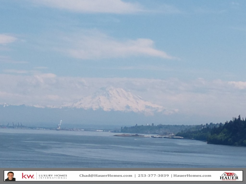 Photo of home for sale at Dr, Gig Harbor WA
