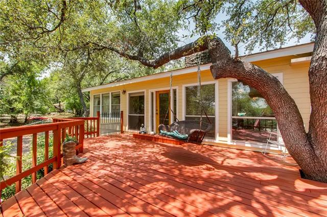 Photo of home for sale at 19939 Siesta Shores DR, Spicewood TX