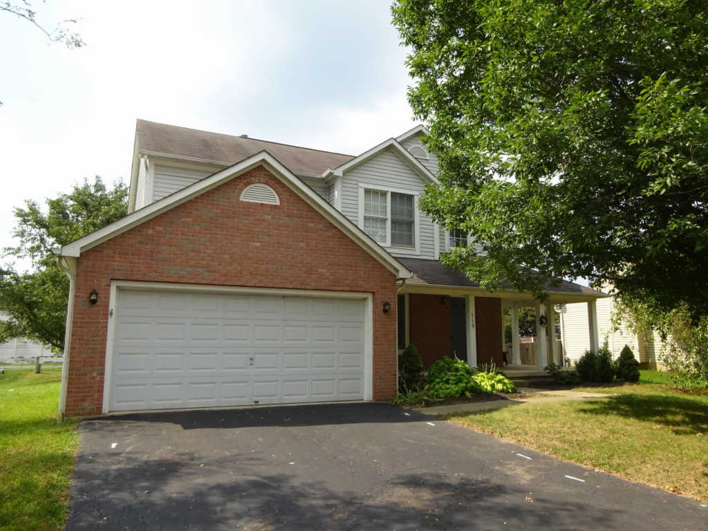 Photo of home for sale at 510 Scioto Meadows Boulevard, Grove City OH