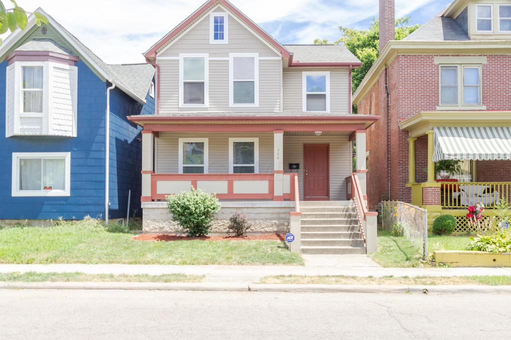 Photo of home for sale at 484 Linwood Avenue, Columbus OH