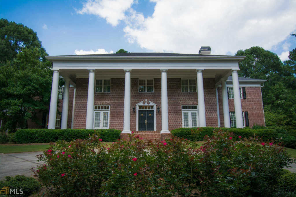 Photo of home for sale at 117 Rowland Rd, Brooks GA