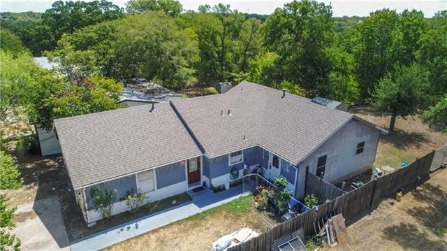 Photo of home for sale at 1305 Webberville RD, Austin TX