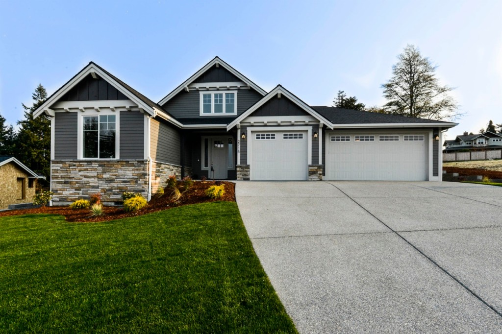 Photo of home for sale at Ct, Steilacoom WA