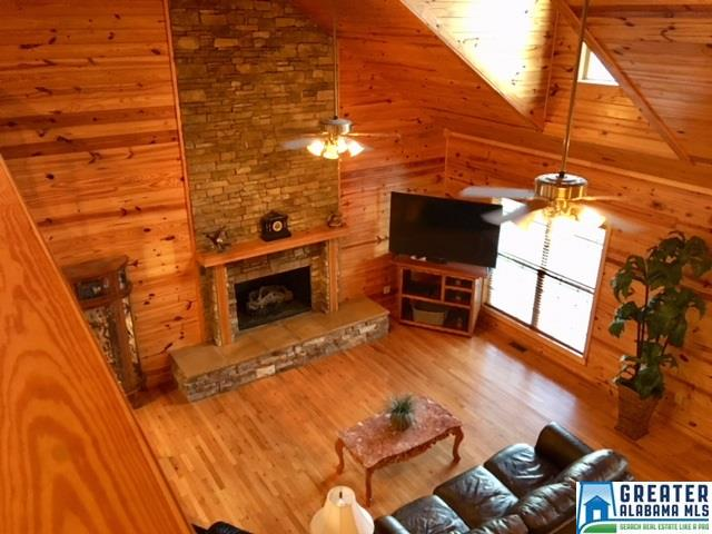 Photo of home for sale at 79 River Rd, Oneonta AL